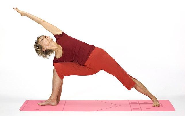 Utthita-Parsvakonasana-Yoga