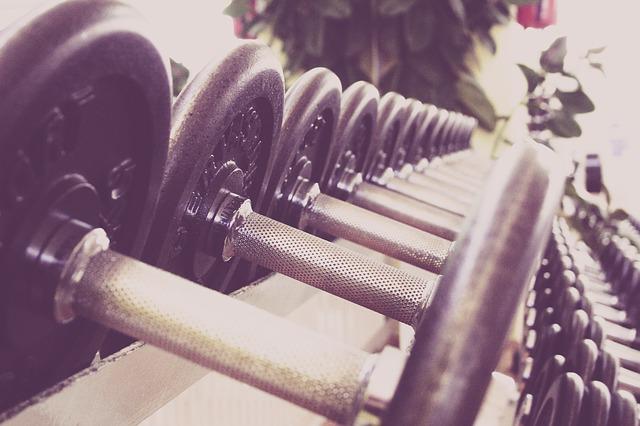 fitness-Dumbbell