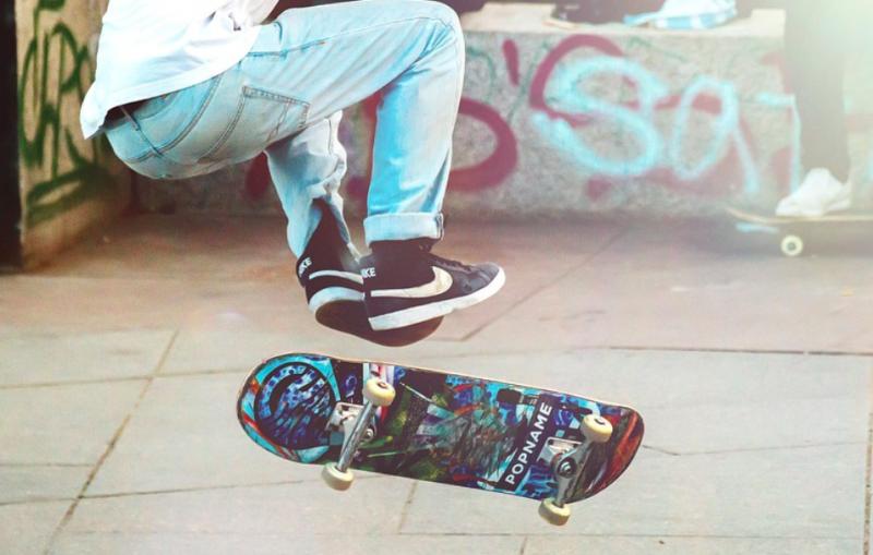 Skateboarding-learning-teaching