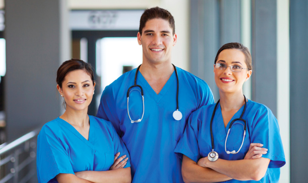 醫生-年薪-月薪