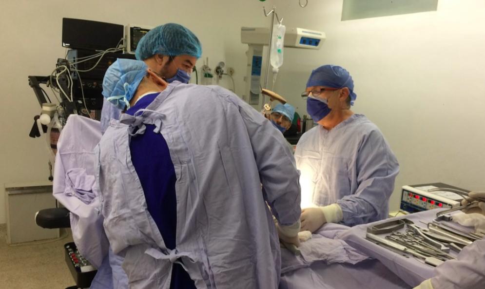 主治醫師-開刀醫生-手術-薪水
