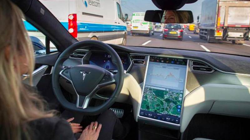 big-data-smart-car-Tesla