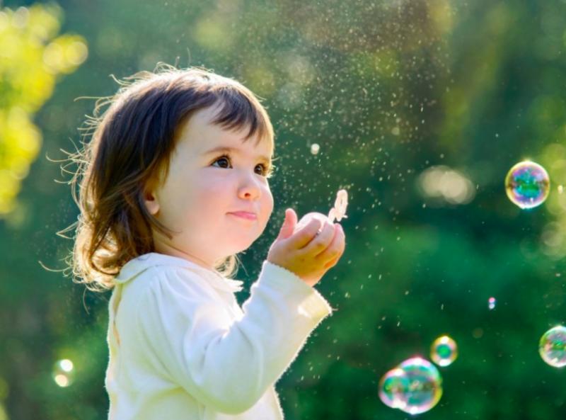 嬰兒-小朋友-玩泡泡-自製泡泡-安全-無毒
