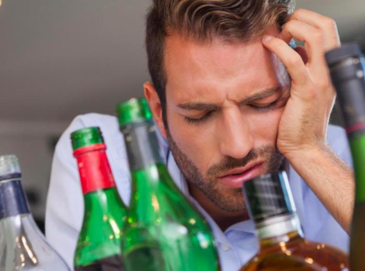 解酒方法-喝醉-宿醉-蜂蜜水-解酒液-茶-牛奶